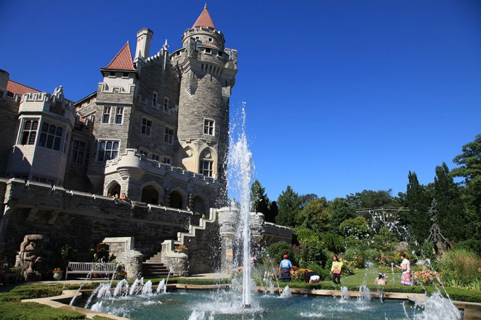 Casa Loma fountain